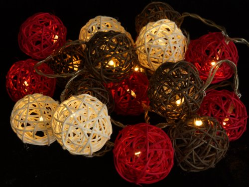 Rattan-Ball Lichterkette rot-braun-weiß / Leuchten & Sterne -