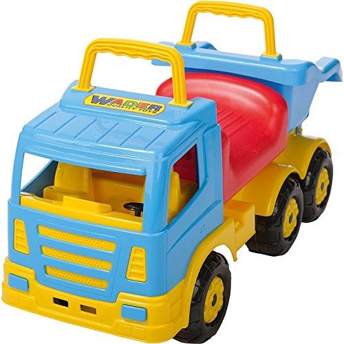 *LKW mit Kipper und Sitzgelegenheit*