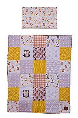 Bedding set for newborn. Baby blanket and pillow. Baby quilt with owl design.