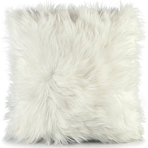 CelinaTex Cuddly Dekokissen 45 x 45 cm weiß Langhaar Zierkissen dekoratives Fellimitat Sofakissen Kunstfell Kissen 5001384