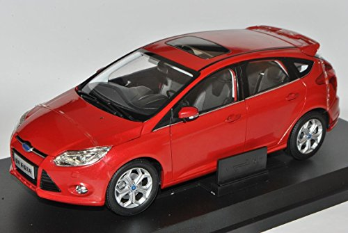 ford-focus-5-turer-rot-ab-2010-3-generation-byd-1-18-paudi-modell-auto