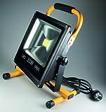 Chilitec LED-Baustrahler, 30 W, mit Ständer, IP66 Schutzklasse Gehäuse / IP44 Schutzklasse Netzstecker, 220-240V LED-Strahler, LED-Flutlicht