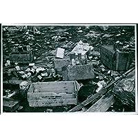 Vintage Foto Di Guerra danni dopo il bombardamento tedesco in pantaloni. 1940