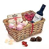 Geschenkkorb mit Rotwein, Schokolade & Süsses für die Dame