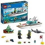 LEGO- City Great Vehicles Yacht per Le Immersioni con Fondale Marino e Pesce Spada con 2 Minifigures, per Bambini da +5 Anni, Multicolore, 60221