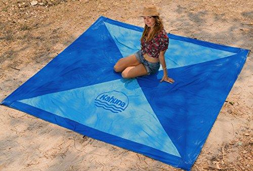 Kahuna Strandtuch aus Fallschirmseide – XXL 245 x 245 cm – die größte Stranddecke, Picknickdecke, Campingdecke erhältlich – tragbar, ultraleicht, schnell trocknend, mit 12 Sandtaschen - 4