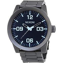 Nixon Corporal SS Gunmetal Blue Crystal - Reloj de cuarzo para hombre, correa de acero inoxidable color plateado
