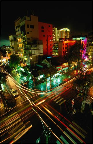 impression-sur-bois-50-x-80-cm-night-traffic-on-le-thanh-ton-street-de-stu-smucker-lonely-planet-ima