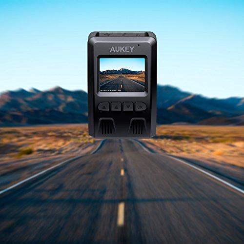 """51P%2BZma0wZL - AUKEY Dashcam, Full HD 1080P Cámara para Coche 170° Grados de Amplio Ángulo con Detección De Movimiento, Visión Nocturna, G-Sensor, Loop de Grabación, 1.5"""" LCD Pantalla (DR02)"""