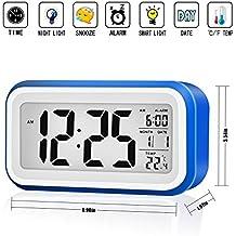Tsumbay Reloj silencioso de despertador digital con fecha e indicador de temperatura, alarma de sensor táctil y de luz, batería con pantalla grante con calendario de fecha y temperatura para niños y adolescentes- azul oscuro