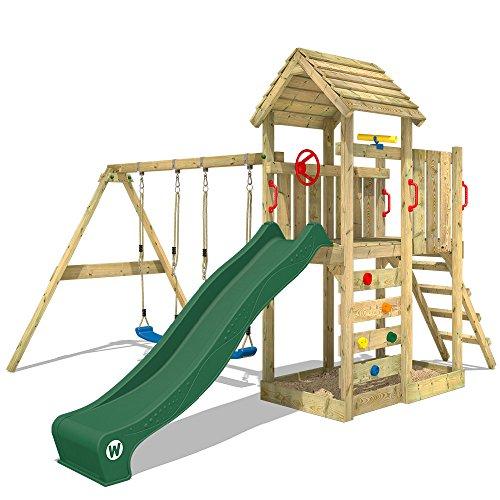 WICKEY Kletterturm MultiFlyer Spielturm mit Holzdach Garten-Spielplatz mit Schaukel und Rutsche, Kletterwand, grüne Rutsche