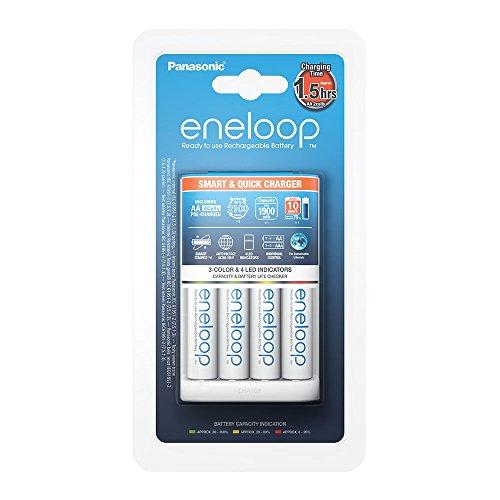 Panasonic eneloop, Intelligentes Schnellladegerät mit 4x eneloop AA, für 1-4 Ni-MH Akkus AA/AAA