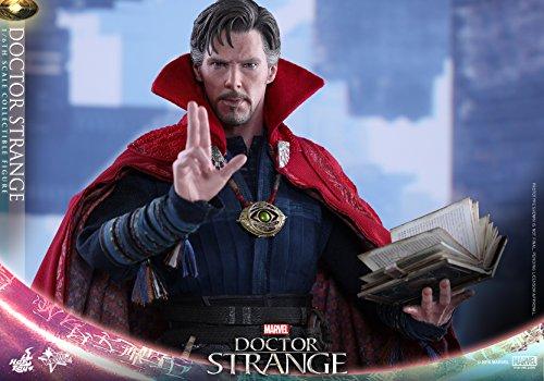 Hot-Toys-Movie-Masterpiece-Doctor-Strange