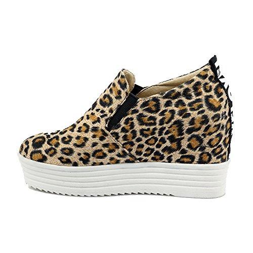 AllhqFashion Damen Mattglasbirne Rund Zehe Ziehen Auf Gemischte Farbe Pumps Schuhe Gelb