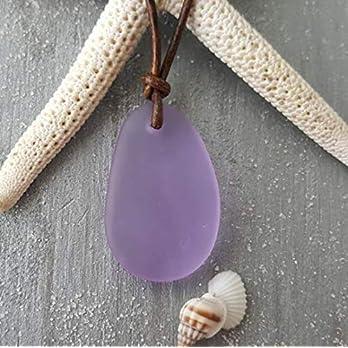 """Handgefertigt in Hawaii, Ein größeres Stück Lederschnur""""Magical Colour Changing"""" Lila Seeglas Halskette,""""Februar Birthstone"""", Seeglas Schmuck"""