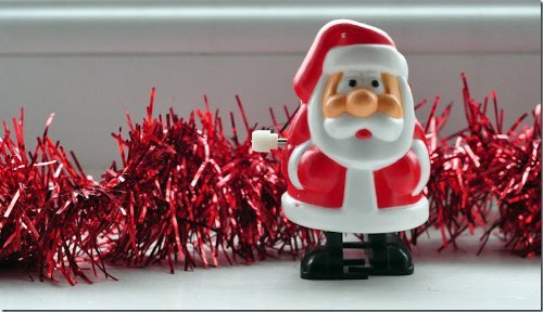 Gadget Giant Racing Santas Wind Up Toy - Ideal Secret Santa Gift - Father Christmas XMAS Gift - Stocking Filler (1 Santa)