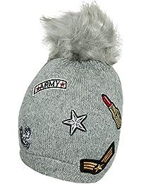 Mevina Strickmütze Damen Bommel Mütze mit Patches und Wolle Kunstfellbommel Aufnäher Wintermütze Mütze Herbst Winter