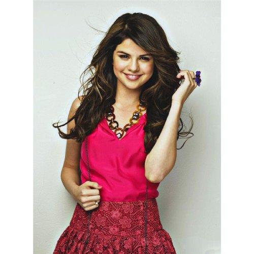 Selena Gomez (14inch x 19inch / 35cm x 47cm) Silk Print Poster...