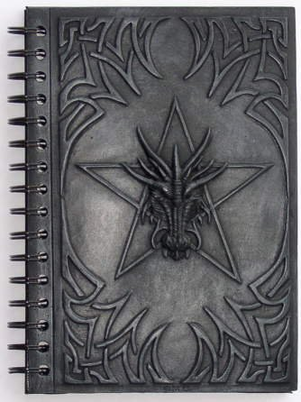 e mit Pentagramm (Renaissance Gewand)