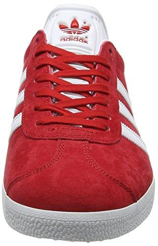 adidas Gazelle, Scarpe da Ginnastica Basse Uomo Rosso (Scarlet/footwear White/gold Metallic)