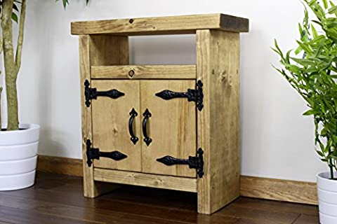 Solid Rustic Handmade Pine side / lamp / end table, finished in a Chunky Country Oak effect (MK2K) (60 x 25 x 60cm) (Dark Oak)