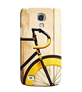 Ómnam Cycle In Yellow Color Closeup Printed Designer Back Cover Case For Samsung Galaxy S4