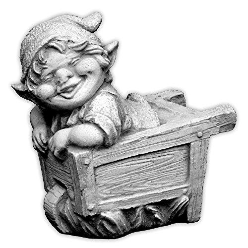 Lustiger kleiner Gnom V Troll Wichtel Fantasiefigur aus Steinguss frostfest