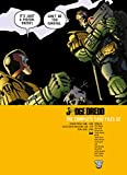 Judge Dredd: The Complete Case Files 32 (English Edition)