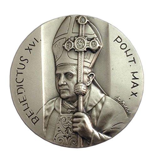 Medalln-Papa-Benedicto-XVI--Nuestra-Seora-de-Lourdes