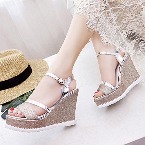 Las Sandalias De Lgk Y De Verano De Las Mujeres Del Verano Cuestan Con Las Sandalias Gruesas Del Estudiante Son Lentejuelas Todo Fósforo Zapatos Dorados