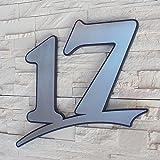 Edelstahl Hausnummer gebürstet rostfrei ( 2-stellig / 21cm Ziffernhöhe )- mit Plexiglas Hintergrund in Anthrazit-grau, Schwarz oder Weiss, 7mm stark - Original ALEZZIO Design - Rostfrei, UV-beständig, Anthrazitgrau ähnlich RAL 7016 mit Edelstahlhausnummer kombiniert - leichte Montage, alle Ziffern und Buchstaben möglich von 1-999, a b c d e f