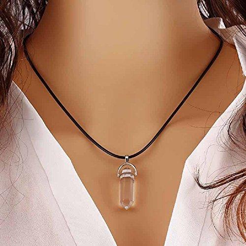 ILOVEDIY 3cm Collier Cristal de Roche Femme Quartz Ras de Cou Pendentif Hexagonal Pierre Cuir Reiki Chakra Healing Clair