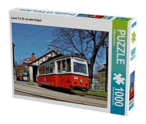 Preisvergleich Produktbild Lowa Tw 23 vor dem Depot 1000 Teile Puzzle quer (CALVENDO Mobilitaet)