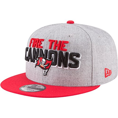 Buccaneers Shop Nfl (New Era - NFL Tampa Bay Buccaneers Draft 2018 On Stage 9Fifty Snapback Cap - Grau-Rot)