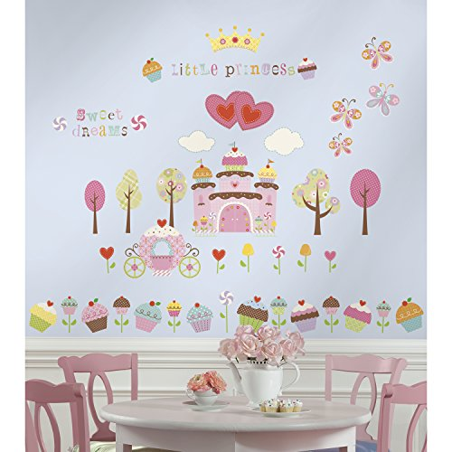 roommates-repositionable-childrens-wall-stickers-happi-cupcake-castle