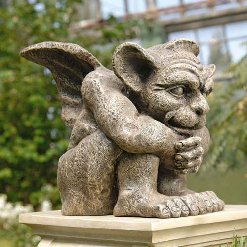 urebred Gargoyle Gartenskulptur, geflügelt ()
