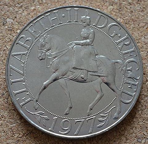 Coin Collector - Queen Elizabeth II Silver Jubilee Crown 1977