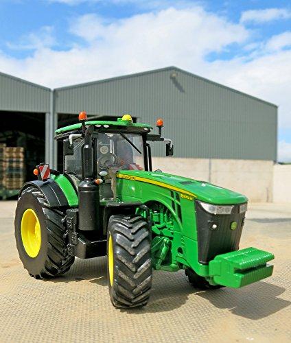 tomy britains john deere 8400r kinder traktor mit. Black Bedroom Furniture Sets. Home Design Ideas