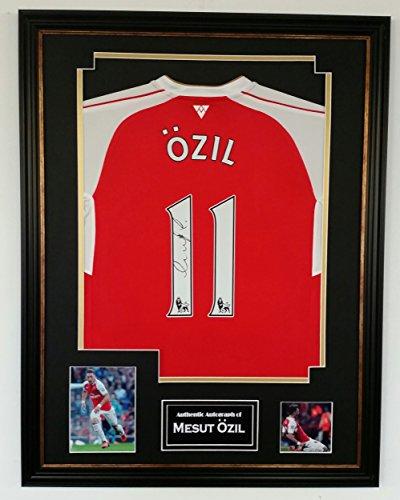 NEW-MESUT-OZIL-of-Arsenal-Signed-Shirt-Display