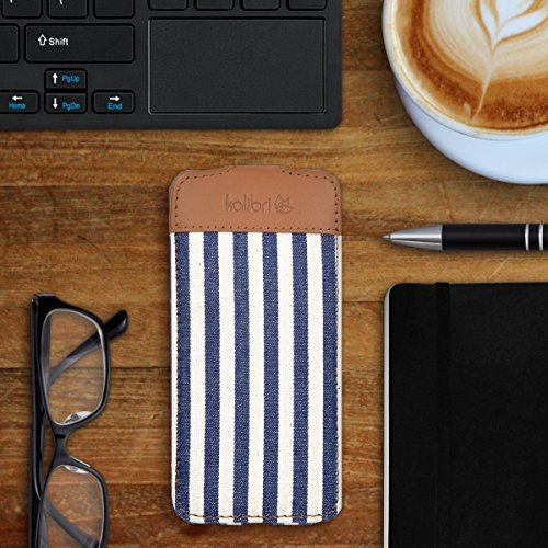 kalibri Cover Emma per Apple iPhone 7 / 8 - Custodia libro in vera pelle e tessuto Flip cover protettiva case per cellulare marrone antracite righe blu bianco
