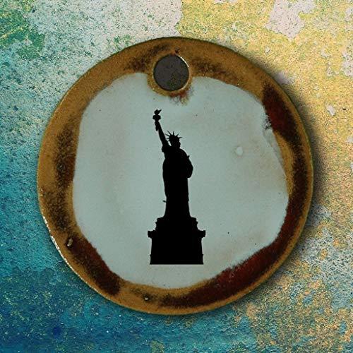 Echtes Kunsthandwerk: Schöner Keramik Anhänger USA; Statue of Liberty, New York, Souvenir