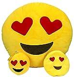 I simpatici Emoji di Whatsapp in questo bellissimo cuscino ed in più i coloratissimi portachiavi e portamonete - Meravigliosi accessori da regalare a tutti gli appassionati di chat, grandi e piccoli! Heart Emoji Set