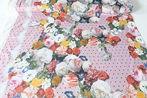 Qualitativ hochwertiger Jersey Stoff mit Blumen und Bordüren auf Altrosa, digital bedruckt als Meterware mit Öko-Tex Zertifizierung zum...