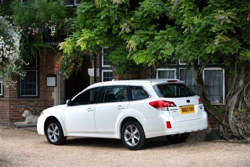 classique-et-muscle-car-ads-et-art-de-voiture-subaru-outback-20d-sz-lineartronic-version-uk-2013-art