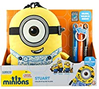 Color n' Go Minions makes creative play portable! With their amazing washable markers, you can draw, design and decorate your favorite Minion! When you're ready for something new, just toss them in the wash, and then design all over again. Ea...