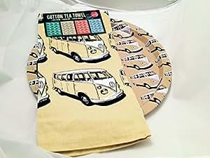 Un Écran Split VW Camper conception boissons plateau serviette et thé assorti