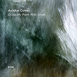 """Afficher """"Cross my palm with silver"""""""