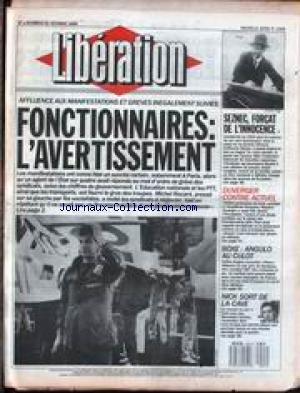 LIBERATION [No 2308] du 21/10/1988 - AFFLUENCE AUX MANIFESTATIONS ET GREVES INEGALEMENT SUIVIES - SEZNEC - FORCAT DE L'INNOCENCE - DUVERGER CONTRE ACTUEL - BOXE - ANGULO AU CULOT - NICK SORT DE LA CAVE - CONCERT.