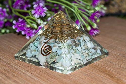 Crocon Larimar Energetische Pyramide mit Kristall Point Energie Generator für Reiki Healing Chakra Balancing Aura Cleansing & EMF Schutz Größe: 3,8–5,1cm