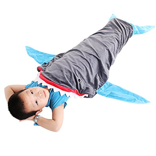 pepeng-warm-and-soft-shark-blanket-for-3-12-years-kids-559-x-1968-snuggle-in-sleeping-bag-at-living-